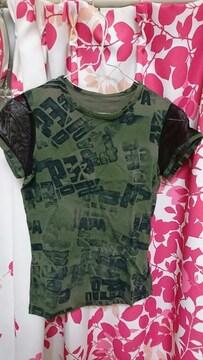 カーキロゴTシャツ新品タグ付きシワあり。かなり小さめです。