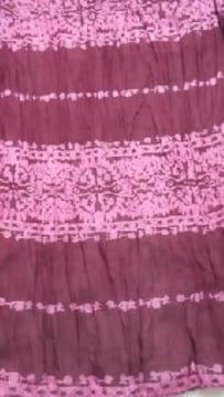 2☆9 送込〓新品〓india ロングスカーフ エンジ色にピンクの柄