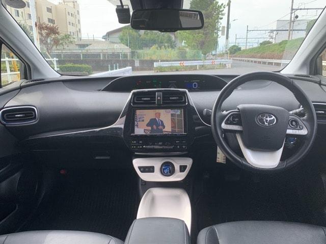 H28プリウス Aツーリングセレクション★革 4WD 車検R3年7月迄★ < 自動車/バイク