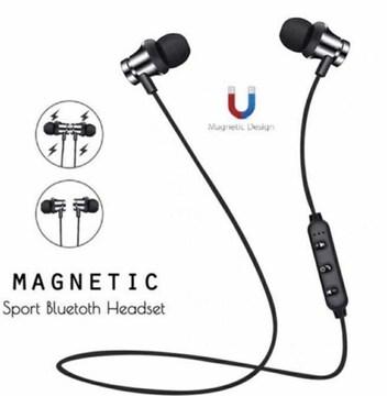 Bluetoothイヤホン ワイヤレスイヤホン マグネット シルバー