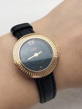 T031 FENDI フェンディ 腕時計 動作品 黒文字盤 スイス製
