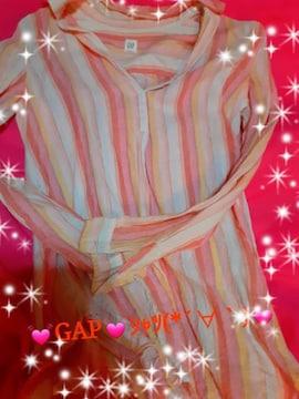 ★GAP★涼(*´∀`)ピンク色シャツ★