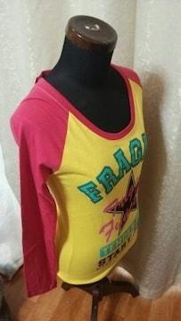 ★新品 タグ付 オシャレデザイン Tシャツ サイズM●