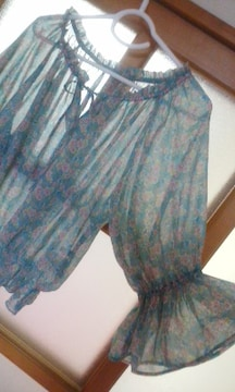 W CLOSETシフォン透け素材 七分袖花柄ブラウス春夏