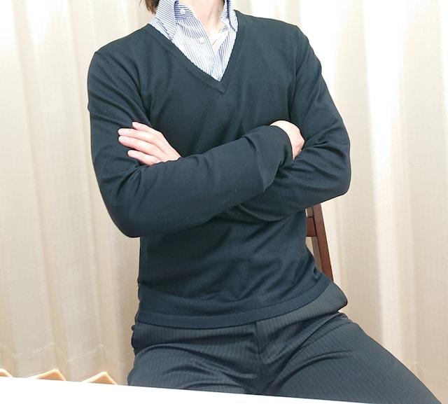 貴重!☆コムサコレクション☆絹☆Vブラックニット☆良質!サイズM < ブランドの
