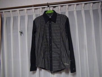 CATS EYEのドレスシャツ(XL)!。