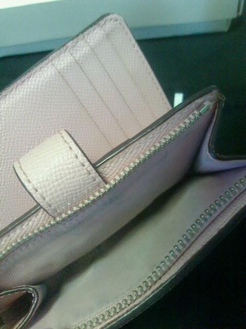 COACH★2つ折り財布★極美品★コーチ★ピンク★可愛い♪ < ブランドの