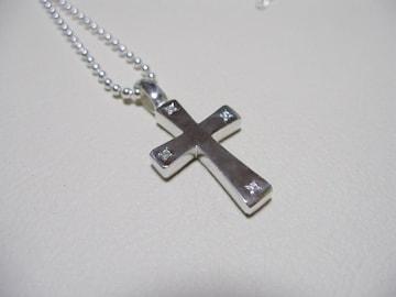 仁尾彫金『四つ星ダイヤフラットシルバークロス』ハンドメイド