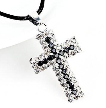 新品1円〜★送料無料★ ギラギラ ブラックダイヤ 十字架シルバーネックレス