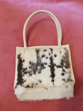 美品◆ビバユーラビットファー 大きめハンドバッグ 白