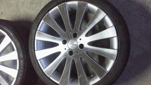 コンパクトcarに17インチLEGZASタイヤ交換時期 < 自動車/バイク