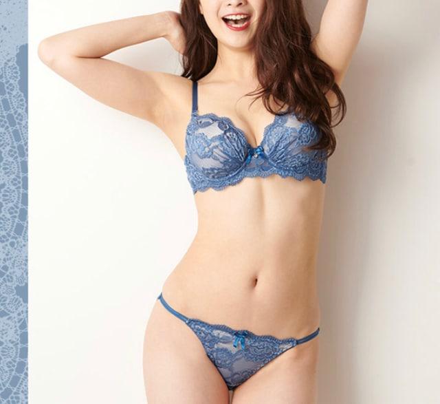 ★3SET エレガントでSEXYなシースルー風総レース★サックス★  < 女性ファッションの