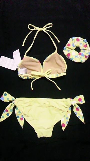 ViVifleurs〓新品〓ドット柄ホルターリボン三角ビキニ水着〓シュシュセット〓黄色 < 女性ファッションの