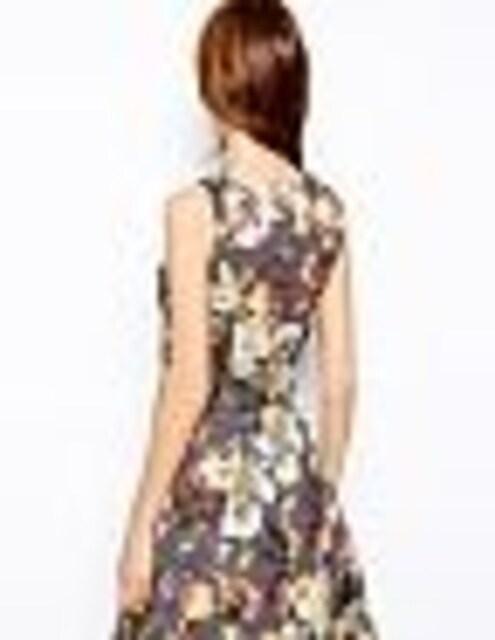 ブラウン系パープルグレー花凹凸素材スカート2ピーススーツS < 女性ファッションの