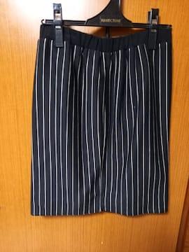 �A 縦縞のスカート