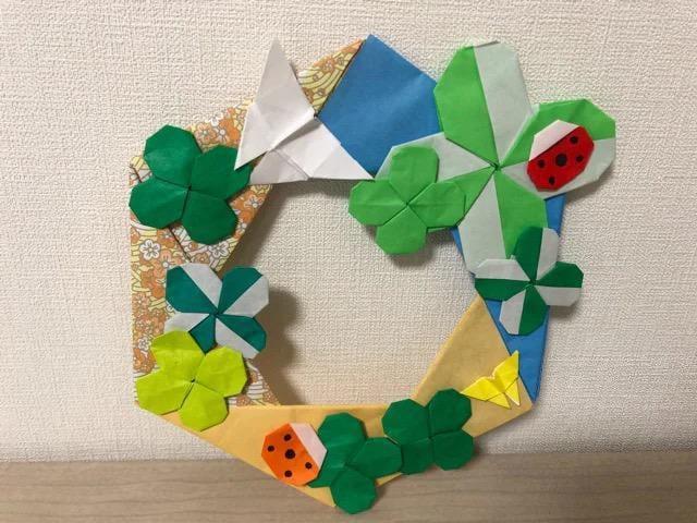 ハンドメイド 折り紙 クローバーリース 壁面飾り 幼稚園  < ペット/手芸/園芸の