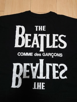 美品!! コムデギャルソン × ビートルズTシャツ / サイズL & カラー ブラック
