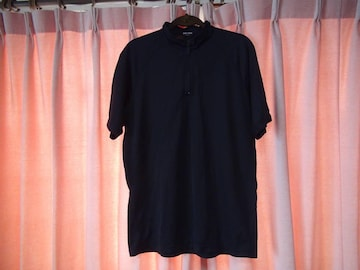 BODY PRIDE黒のポロシャツ左胸に1�pの引っかき傷あり(XL)!。