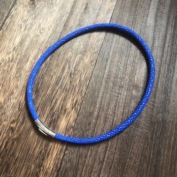 限定品|スティングレイ エイ革 ネックレス チョーカー ブルー