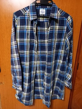 �H 着丈長目のシャツ