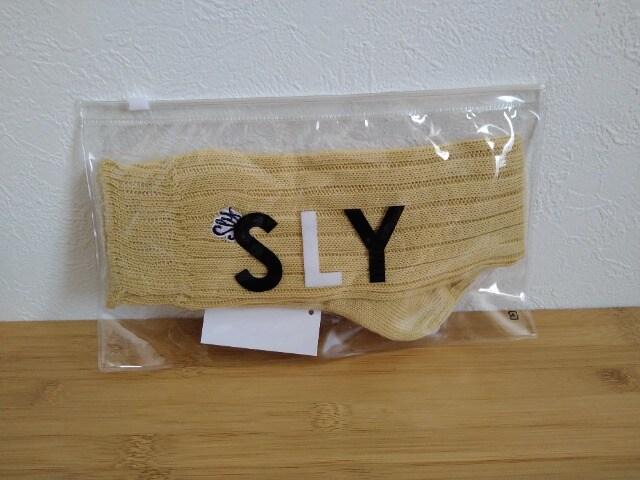 SLYスライ ソックス 新品タグ付き  < ブランドの