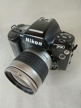 Nikon F90 + AF 28-80mm G