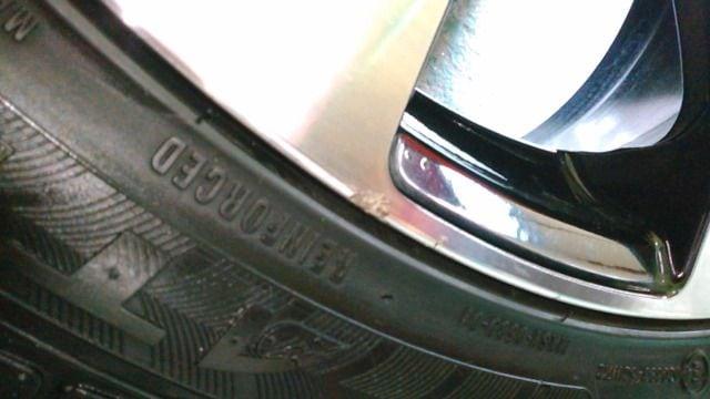4061714)ヴェネルディエルボラーニ4本8J+35ブラポリ225/45R19即決送料無料 < 自動車/バイク