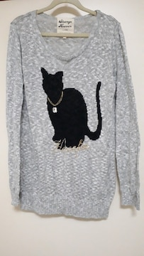 美品 黒猫が可愛いデザインの薄手サマーセーター
