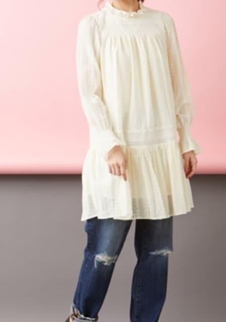 新品タグ付き オリーブ・デ・オリーブフリルレースチュニ6L < 女性ファッションの