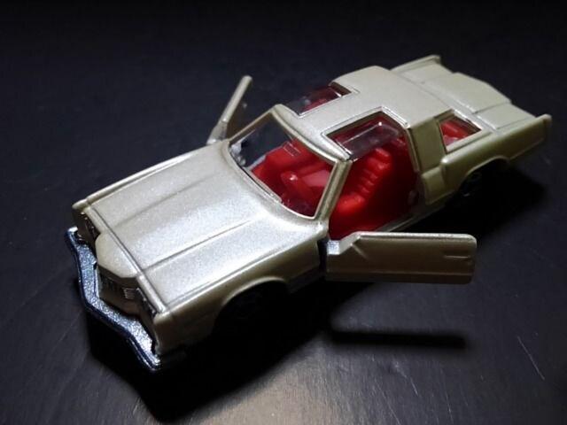 希少黒箱トミカ1978年製OLDSMOBILE TORONADO XSR < ホビーの