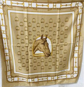 CELINE セリーヌ 馬 ホースベージュ系ゴールドシルクスカーフ