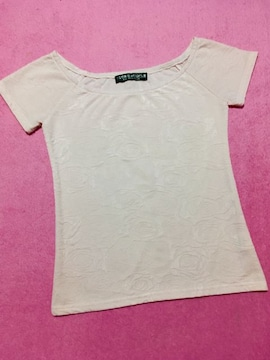 透かし薔薇柄トップス 半袖Tシャツカットソー ピンクベージュ