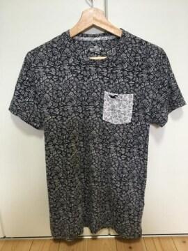 ホリスター Tシャツ 総柄
