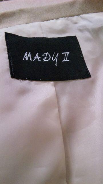 【美品】MADY2◆上質DESIGN◆ベージュOPスーツ < 女性ファッションの