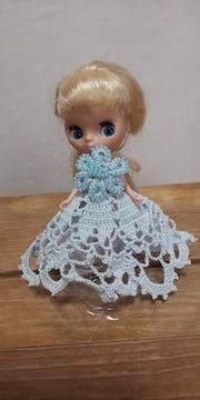 プチブライス薄水色のレース編みドレス