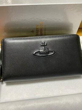 ヴィヴィアンウエストウッド Vivienne 黒 オーブ 型押し 長財布