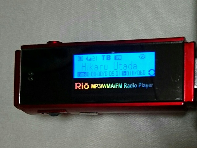 ジャンク 定価3万円 mp3 音楽 ポータブル プレイヤー ラジオ  < 家電/AVの