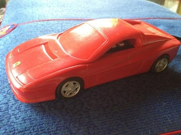 フェラーリ型の、 電話