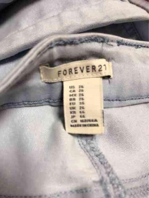 新品!Forever21☆ローライズアンクルスキニーパンツ < ブランドの