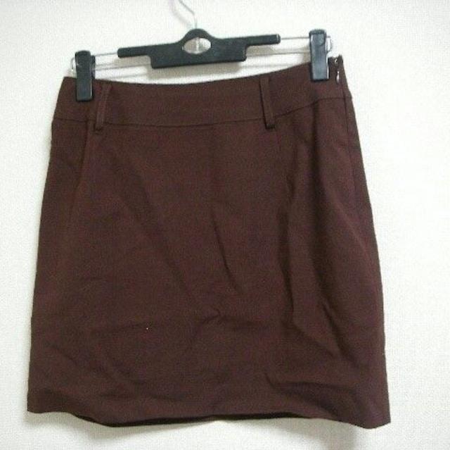 J&R ジェイアンドアール スーツセット(スカート) 茶系 M < 女性ファッションの