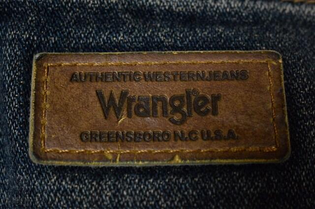 W29ラングラーW0355 ハイライズ Texasブロークンツイルデニム < ブランドの