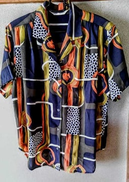 シャツ ブラウス 鮮やか 柄 M 半袖 洋服 レディース 9号 サイズ