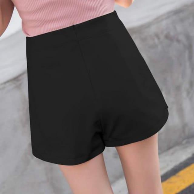 ミニスカートに見える!! 可愛いスカンツ(L寸・黒) < 女性ファッションの