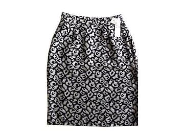 新品 定価7980円 M.deux エムドゥ タイト 膝丈 スカート 黒