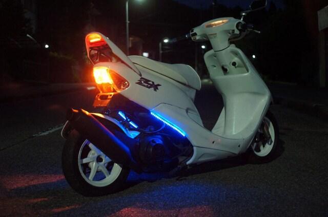 ライブディオ ZX 150�oロンホイ ローダウン デイトナチャンバー < 自動車/バイク