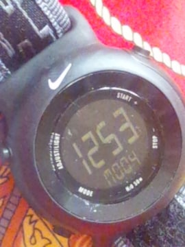 NIKEナイキデジタル腕時計ブラック反転液晶スポーツウォッチ