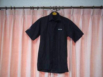 NEW INNの黒のドレスシャツ(S)!