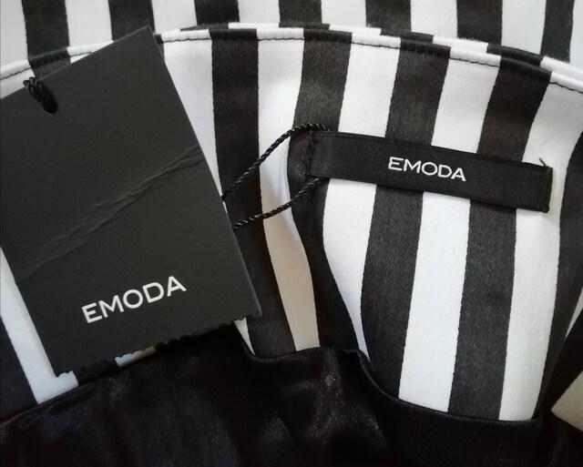 EMODA(エモダ) ストライプ柄ミニスカート < ブランドの