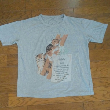 グレー Tシャツ 猫