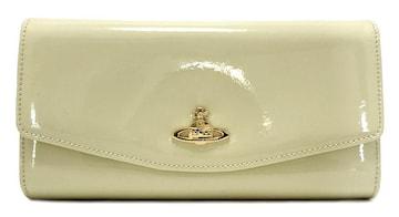 未使用ヴィヴィアンウエストウッド長財布二つ折り財布レサ